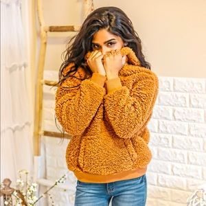 Sweaters - Hooded Sherpa pullover sweaters